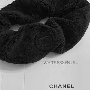 CHANEL Yoga Hairband Plush Skincare CC Headband